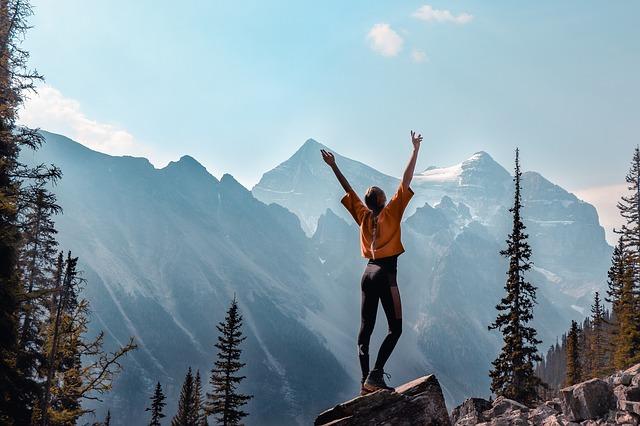 žena a hory