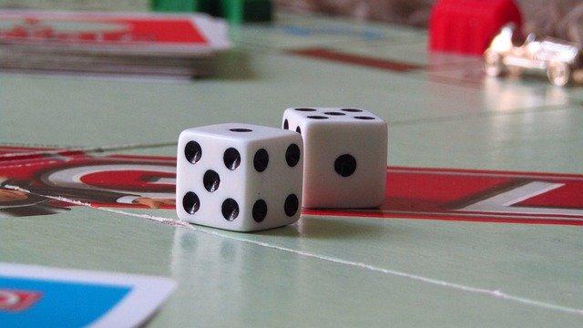 game-cubes-gb16a3665b_640