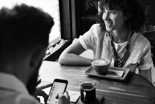 rande u kávy.jpg