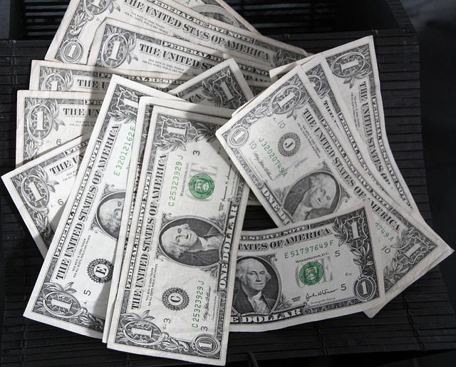 bankovky, dolary